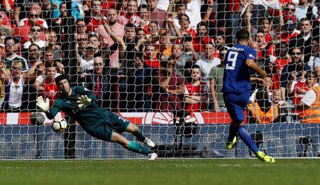 Cu da nhu truoc Arsenal, Chelsea dung mo vo dich Premier League lan nua - Anh 6