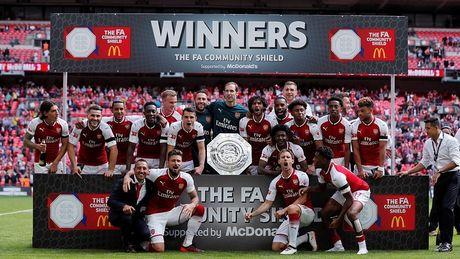 Ket qua bong da hom nay 7/8: Arsenal vo dich Community Shield - Anh 1