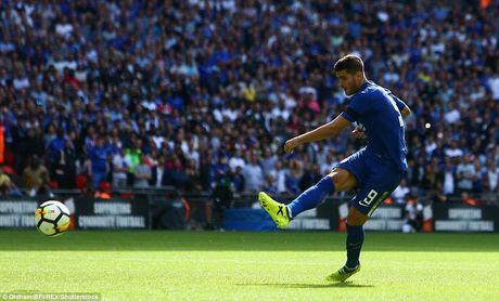 Toan canh: Chelsea tu ban vao chan, Arsenal vo dich Community Shield - Anh 10