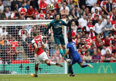 Toan canh: Chelsea tu ban vao chan, Arsenal vo dich Community Shield - Anh 3