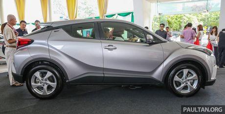Toyota C-HR chinh thuc lo dien tai Malaysia - Anh 2