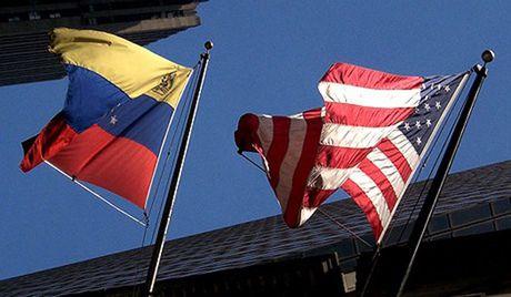 My quyet dinh mo rong lenh trung phat kinh te chong Venezuela - Anh 1