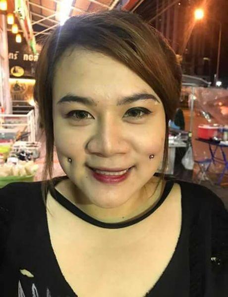 Thieu nu Thai dong loat dua nhau di xo khuyen ma - Anh 3