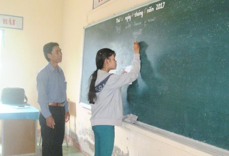 Nguoi thay truyen chu Khmer cho tre ngheo - Anh 1