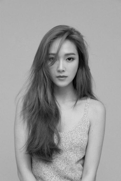 Jessica: 'Khong bo cuoc vi Krystal, roi SNSD la khoanh khac buon nhat' - Anh 1