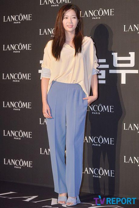 Kim Hee Sun mat diem vi mat cang tron, bong nhay - Anh 8