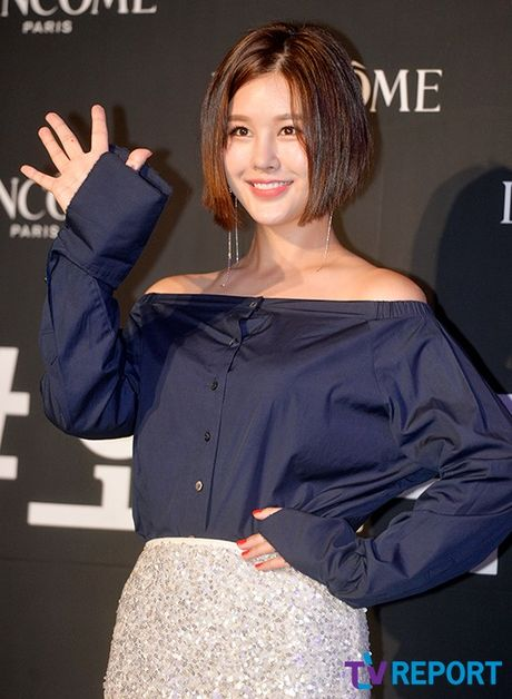Kim Hee Sun mat diem vi mat cang tron, bong nhay - Anh 9