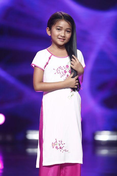 Dat len ban can 3 thi sinh nhi tranh ngoi vi quan quan Vietnam Idol Kid 2017 - Anh 6