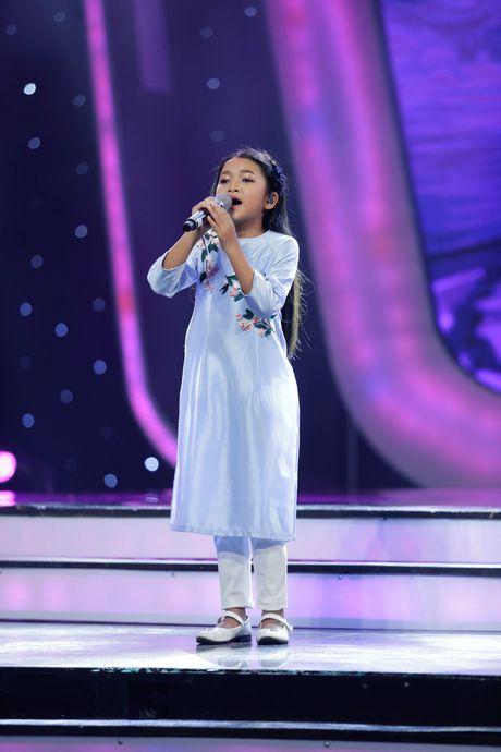 Dat len ban can 3 thi sinh nhi tranh ngoi vi quan quan Vietnam Idol Kid 2017 - Anh 8