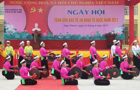 Hoa Binh to chuc Ngay hoi toan dan bao ve ANTQ - Anh 1