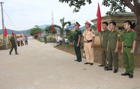 Hoa Binh to chuc Ngay hoi toan dan bao ve ANTQ - Anh 3