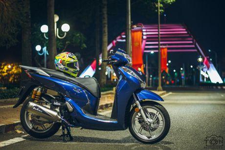Can canh Honda SH300i len 'do choi' hang hieu cua cac tay choi xe Viet - Anh 2