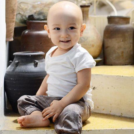 10 thang tuoi, con trai thu hai cua Ngo Quang Hai van chua co toc - Anh 4