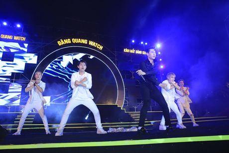DJ Oxy khoe vai tran, Isaac trinh dien an tuong tai Festival Dang Quang - Anh 3