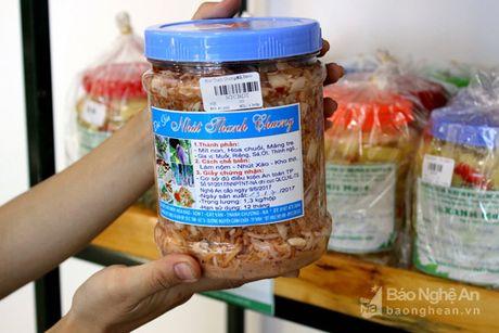 Gian hang nong san sach Xanh Mart Vinh 'hut' khach - Anh 10