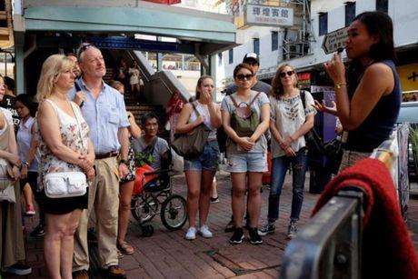 Nguoc doi tour du lich trai nghiem 'o chuot' Hong Kong - Anh 1
