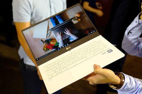 Can canh laptop LG Gram nhe nhat the gioi, pin dung 17,5 tieng vua ra mat tai Viet Nam - Anh 10
