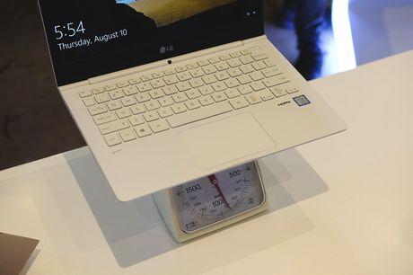 Can canh laptop LG Gram nhe nhat the gioi, pin dung 17,5 tieng vua ra mat tai Viet Nam - Anh 5