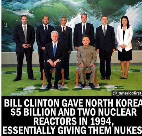 Ong Clinton bi do loi giup suc hat nhan Trieu Tien - Anh 2
