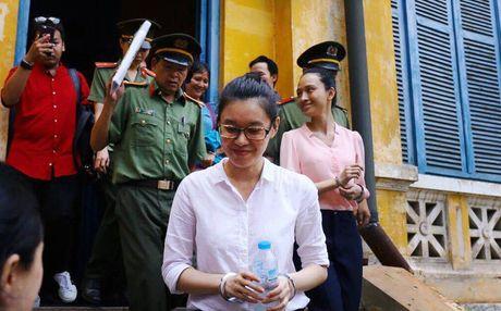 Tam dinh chi dieu tra vu an Phuong Nga lua dao chiem doat tai san - Anh 10