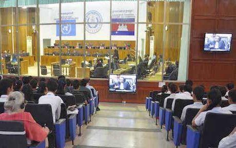 Campuchia va LHQ da chi gan 300 trieu USD duy tri Toa an Khmer Do - Anh 1
