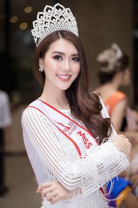 'Choang vang' voi nhan sac that cua Tuong Linh The Face - Anh 6