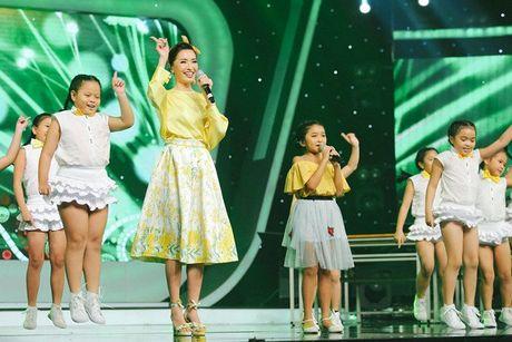 Vietnam Idol Kids: Bich Phuong bi che toi ta khi hat live - Anh 1