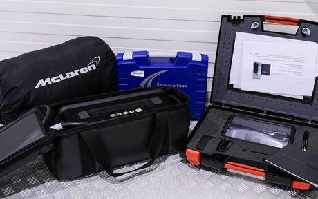 Phien ban McLaren P1 GTR vang den gia 3,3 trieu do - Anh 10