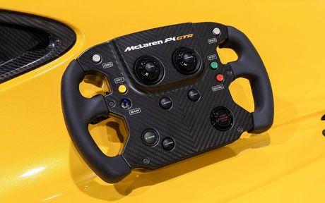 Phien ban McLaren P1 GTR vang den gia 3,3 trieu do - Anh 7