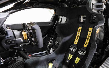 Phien ban McLaren P1 GTR vang den gia 3,3 trieu do - Anh 8