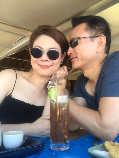 Vo cu Phan Thanh Binh lai khoe anh ben 'trai la' - Anh 3
