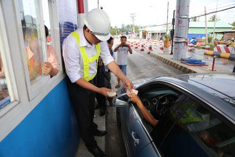 Tram thu phi Cai Lay het hon loan - Anh 1