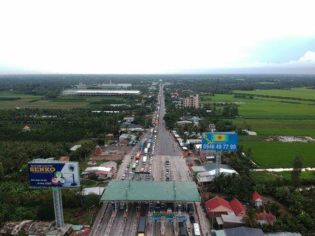 Tram thu phi Cai Lay het hon loan - Anh 2