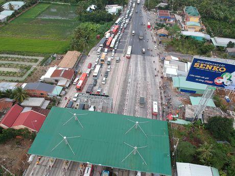 Tram thu phi Cai Lay het hon loan - Anh 4