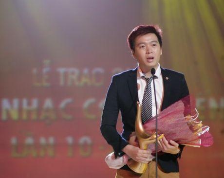 Pham Toan Thang chua bao gio ban long ve dang cap - Anh 2