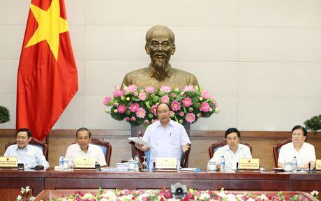 Chinh phu thong nhat loat giai phap de dat muc tieu GDP nam nay - Anh 1