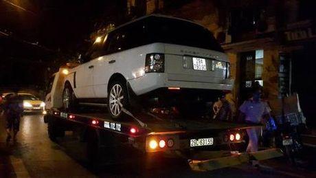 Tinh tiet moi vu xe Range Rover tong chet be trai - Anh 1