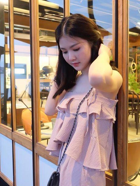 Nhan sac nu y ta tuoi teen khien dan mang Thai Lan 'phat sot' - Anh 10