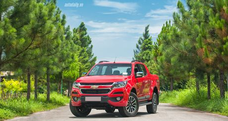 "Xe ban tai tai Viet Nam: Ford Ranger dang cho cac doi thu ""hit khoi"" - Anh 2"