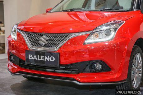 Suzuki ra mat mau xe hatchback - Baleno gia re hon 300 trieu dong - Anh 4