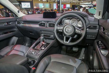 O Dong Nam A, Mazda CX-5 2017 co gia gan 900 trieu dong - Anh 3