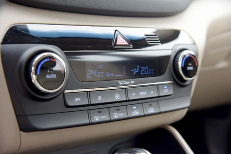 Anh chi tiet Hyundai Tucson 2017 co gia tu 815 trieu dong - Anh 14