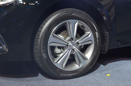 Hyundai Verna 2017 ra mat, gia khoi diem tu 283 trieu dong - Anh 5