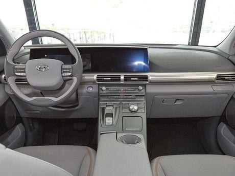 Hyundai giới thiệu mẫu SUV chạy bằng hydro hoàn toàn mới