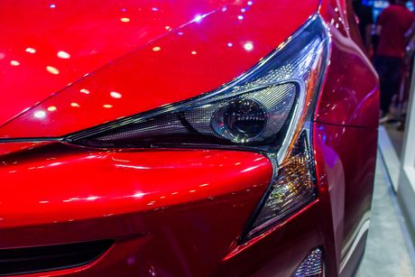 Cận cảnh Toyota Prius 2018 tại Việt Nam