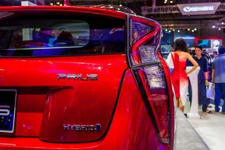 Kham pha Toyota Prius vua xuat hien tai Viet Nam - Anh 5