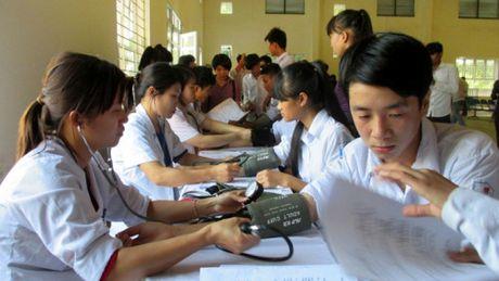 Thay doi trong dong BHYT cua hoc sinh sinh vien nam hoc 2017 – 2018 - Anh 1