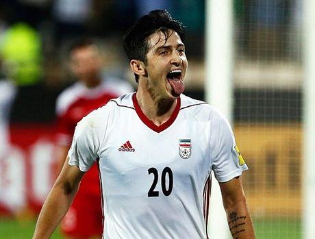 Iran 2-2 Syria: Vo oa phut cuoi - Anh 1