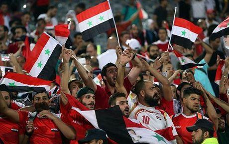 Iran 2-2 Syria: Vo oa phut cuoi - Anh 7