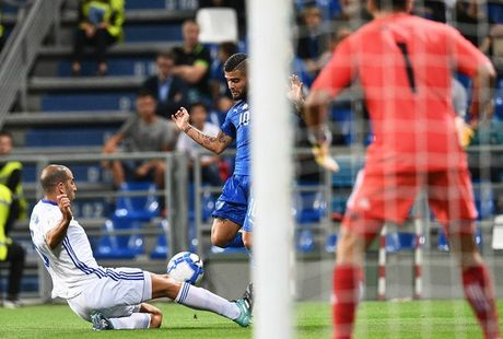 Italia 1-0 Israel: Nguoi hung Immobile - Anh 5